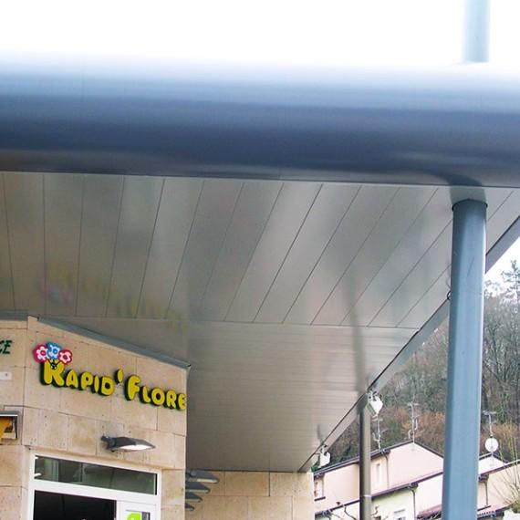 renovation facade centre commercial