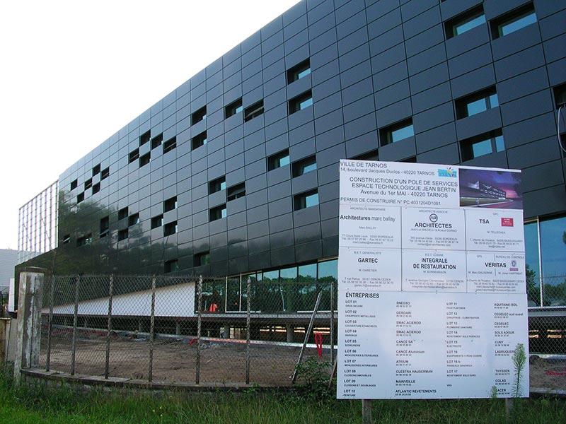 Habillage bâtiment pôle service